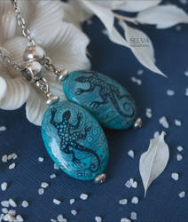 Blue lizards. Miniature painting charms