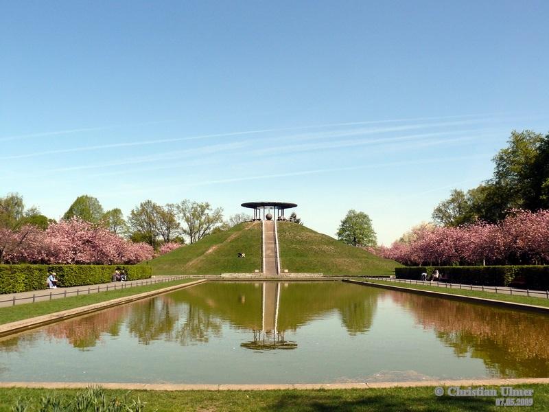 Otto Lilienthal Memorial Park