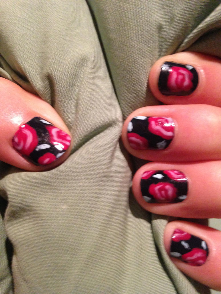Roses Manicure by this-is-a-paradox