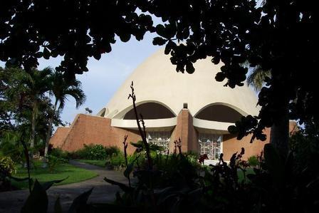 Casa de adoracion Bahai by carloncho
