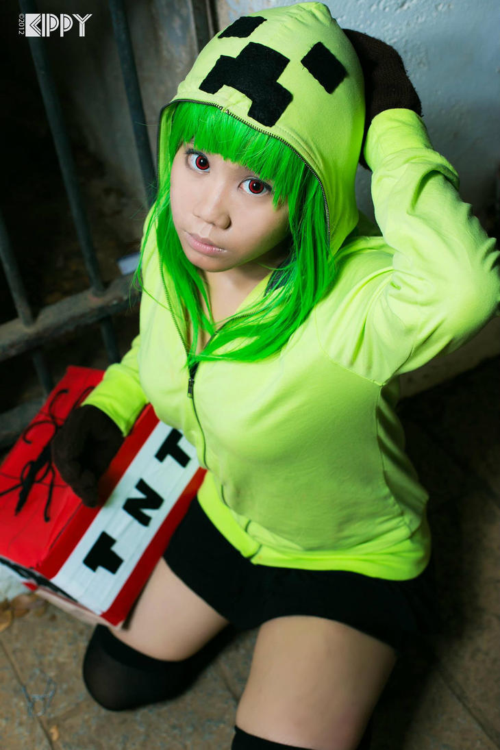 1000 images about creeper cosplay on pinterest creeper - Creeper anime girl ...