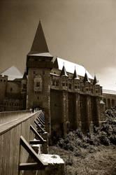 Castelul Corvinilor by eLLectrify