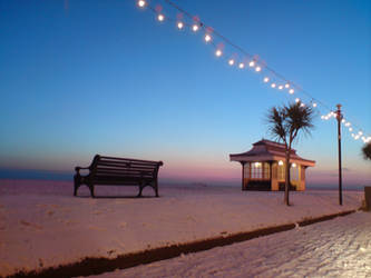 Snowy Winter Beach by emluca