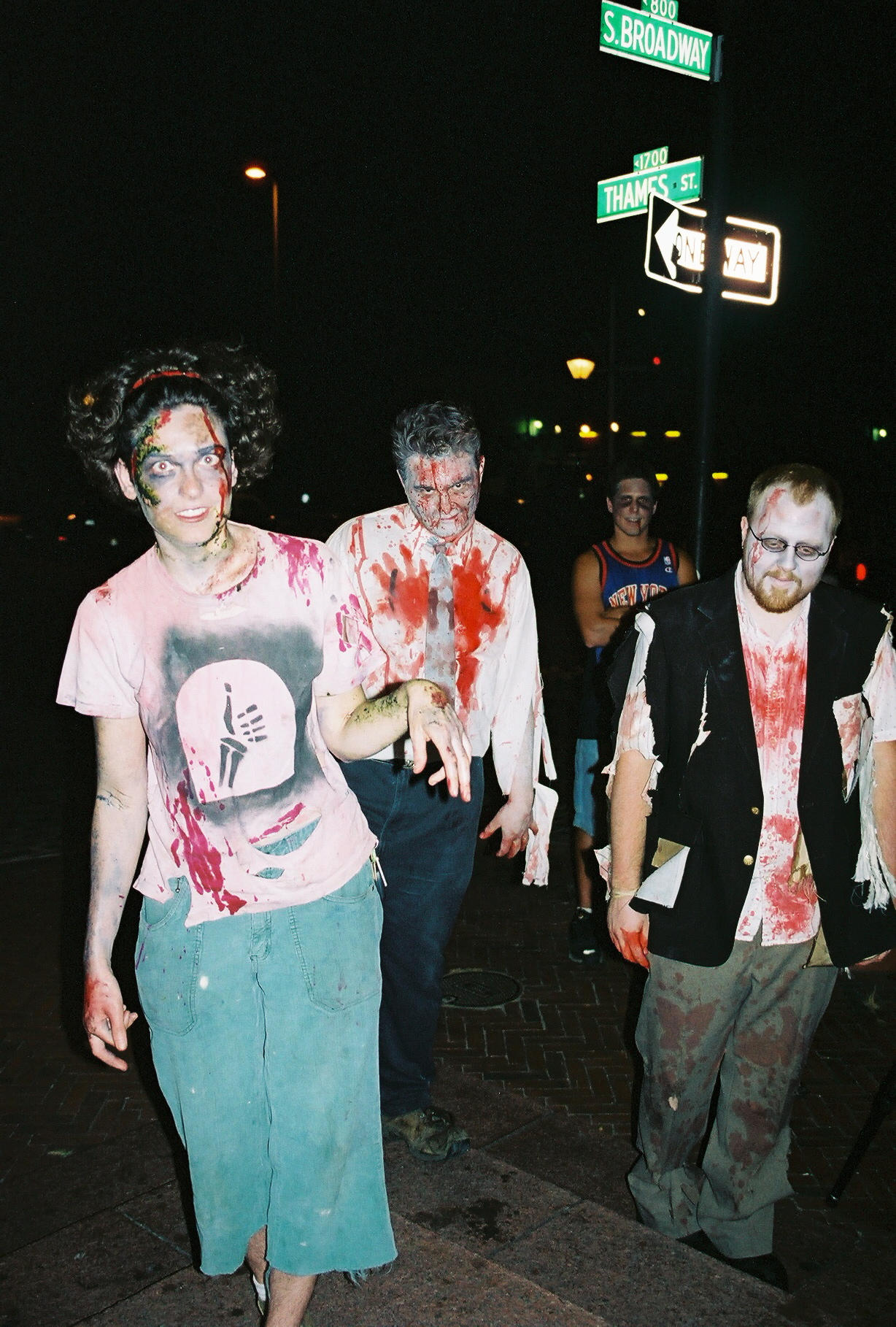 Another Zombie Pic by zombiesareforlovers