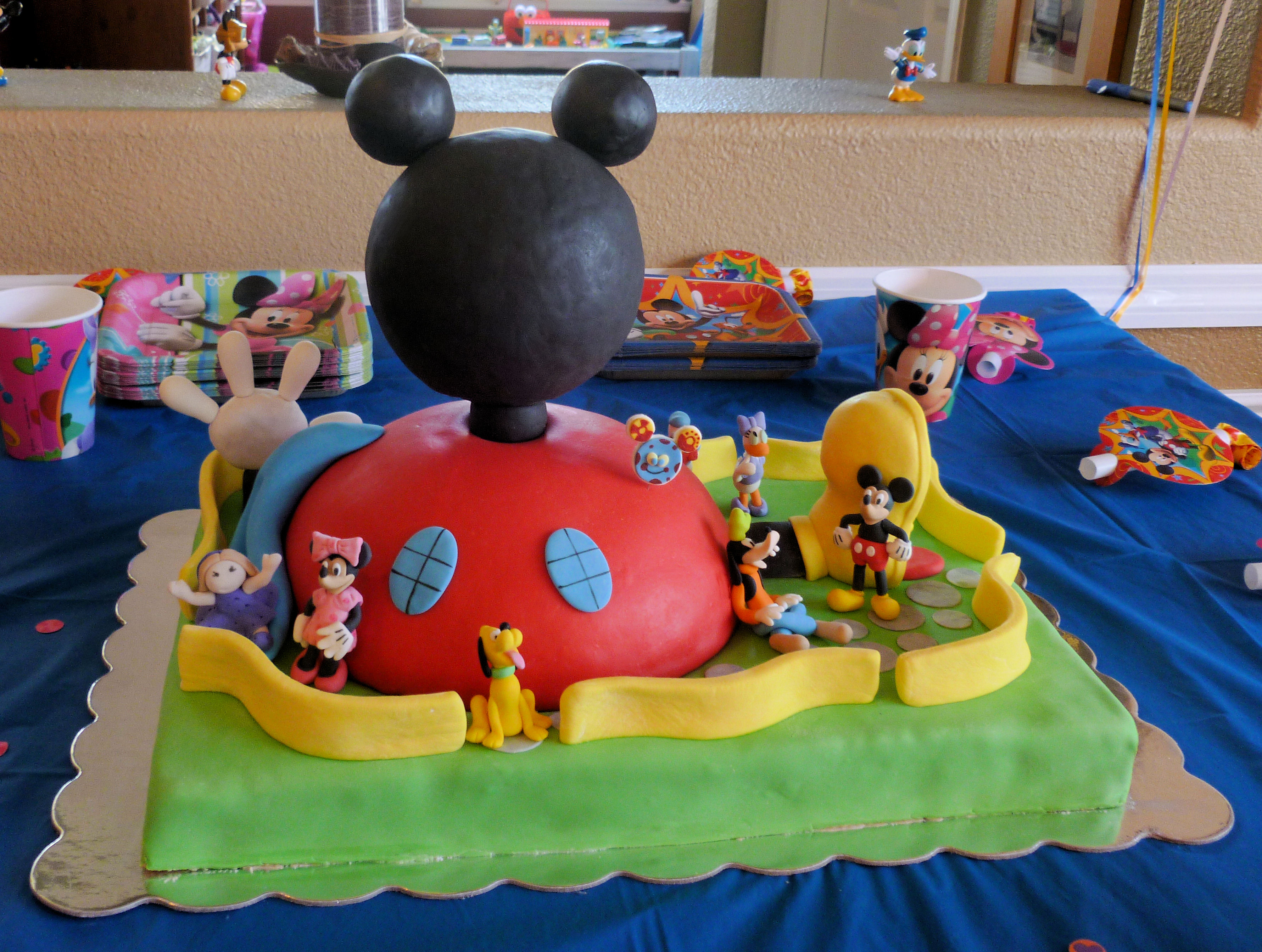 Mickey Mouse Clubhouse House Cakes Mickey Mouse Clubhouse Cake by