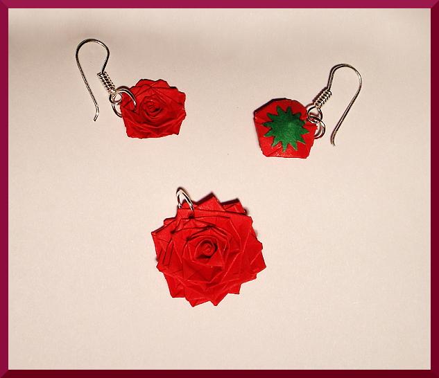 Rose Earings by AutumnNightBat