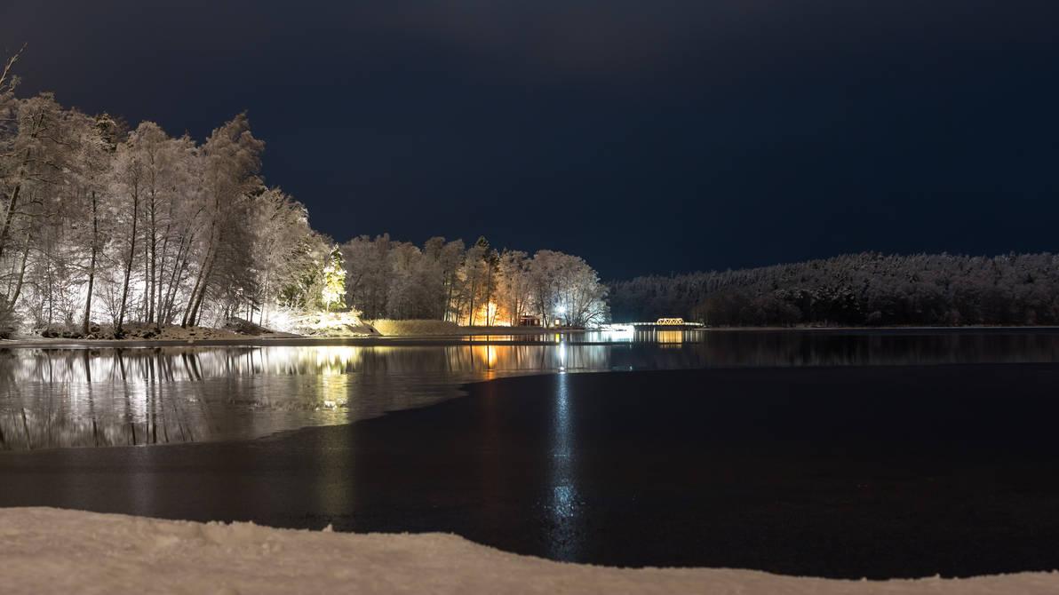 Winter evening on the lake by BIREL