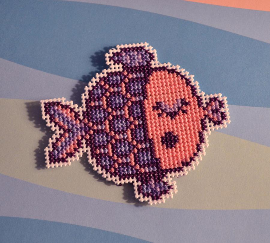 Cross Stitch Magnet - Miss Kiss Fish - by HopperARTZ