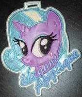 <b>Elegant Applique Vinyl Embroider Badge</b><br><i>kiashone</i>