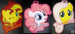 <b>Sunset Shimmer Pinkie Pie Fluttershy Vinyl Badges</b><br><i>kiashone</i>