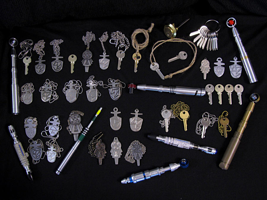 Sonic Screwdrivers and TARDIS Keys by Police-Box-Traveler