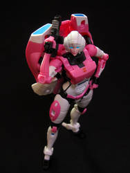 Transformers Generations Deluxe Arcee by Police-Box-Traveler
