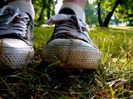 Walkin in my shoes by Daystar-Art