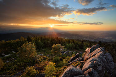 The Golden hour from the top by MaximeCourty