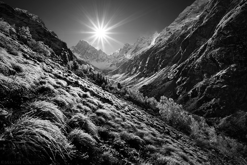 Wide Valley by MaximeCourty