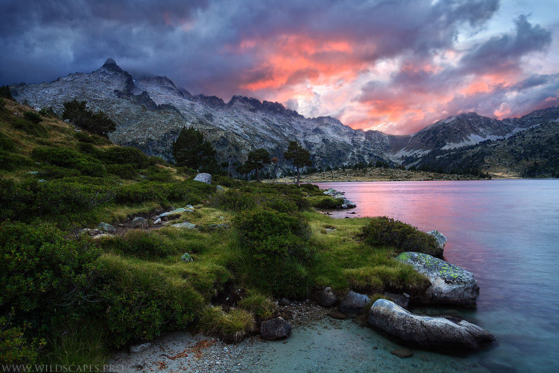 Sunset from the Aumar lake by MaximeCourty