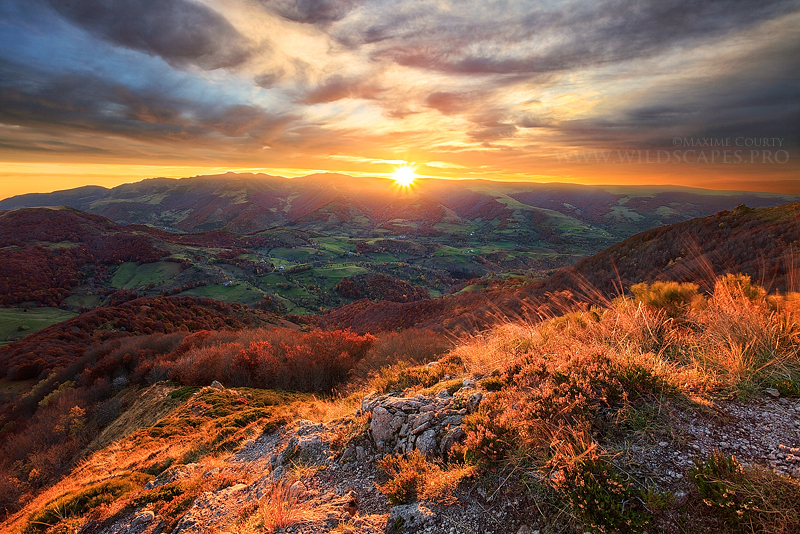 Sunrise from the top by MaximeCourty
