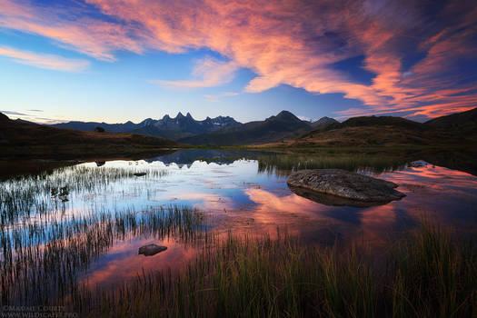 Guichard Lake II : Spectacular Dawn