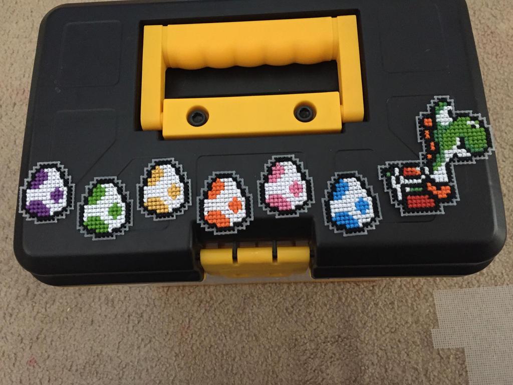 Yoshi found eggs by Cristiaso