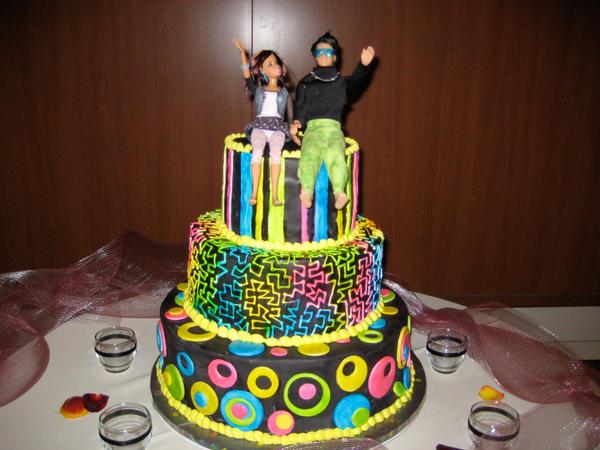 80's Themed Wedding Cake by DontDeconstruct