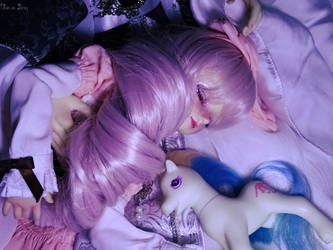 Sleeping face by Ushi-de-Bray