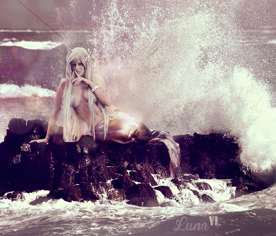 Siren by LexiStrife