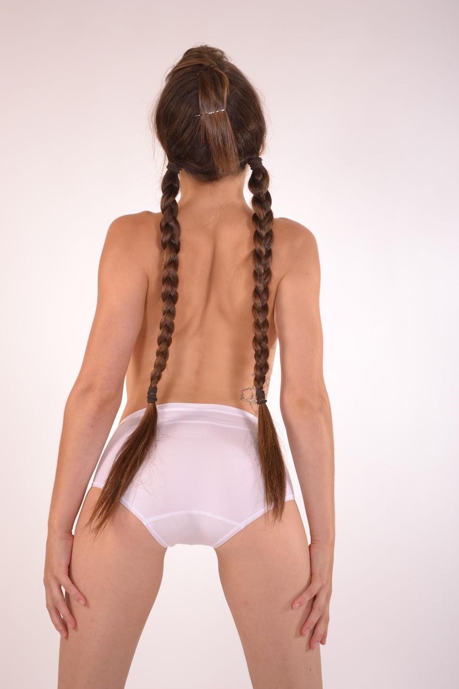 Filipina lady nude