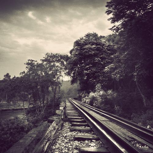railway ii by arayo d4c32d3 - Avatar M� Ar�yorsun ? T�kla