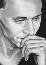 Tom Hiddleston by VikkyIo