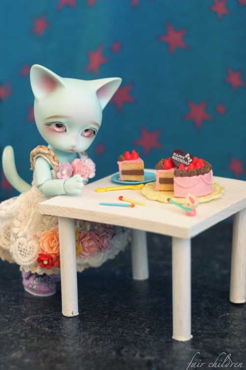 A birthday kitty by fairchildren