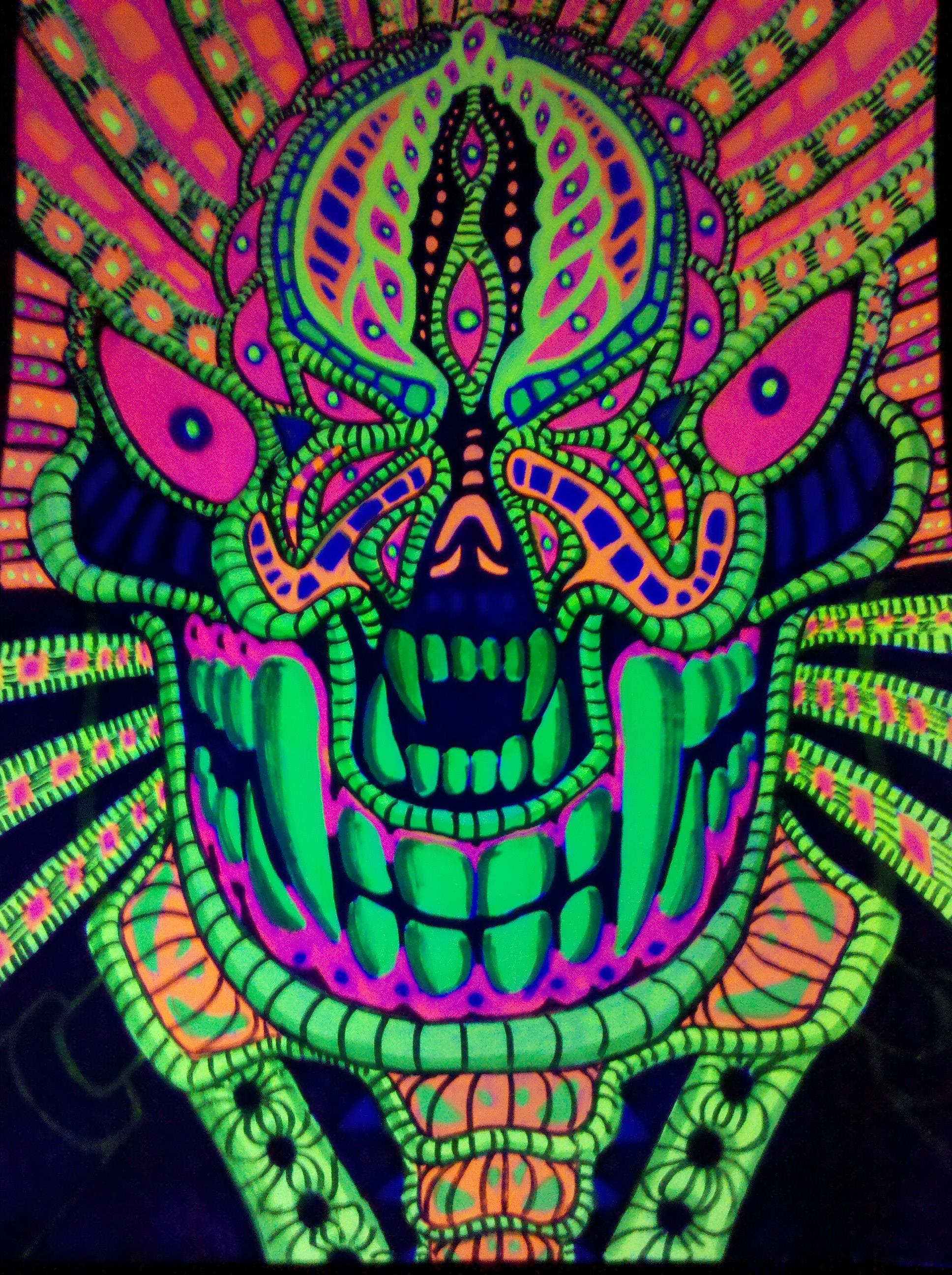 psychedelic blacklight...