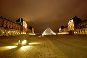 Palais du Louvre by juliuslg