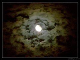 Moon by yhdenenkelinunelma