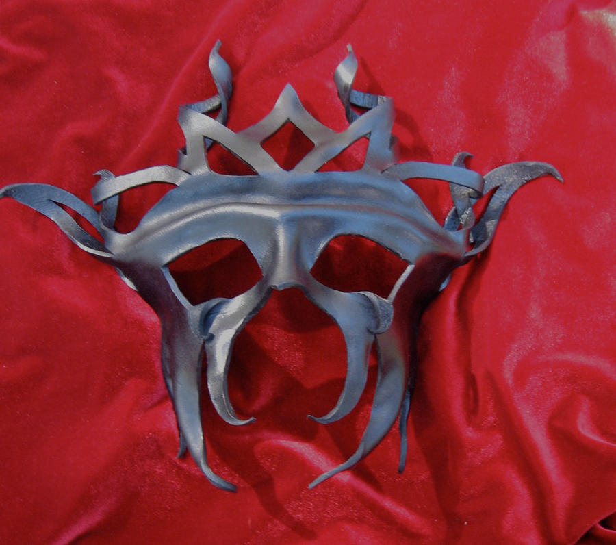 Dark King Mask by MummersCat