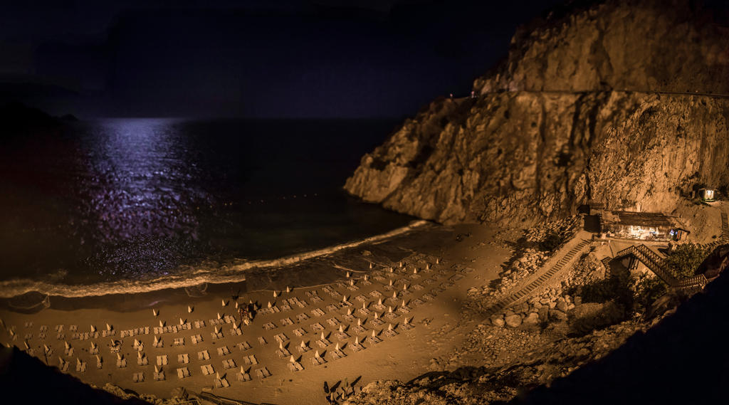 Antalya Kaputas Beach