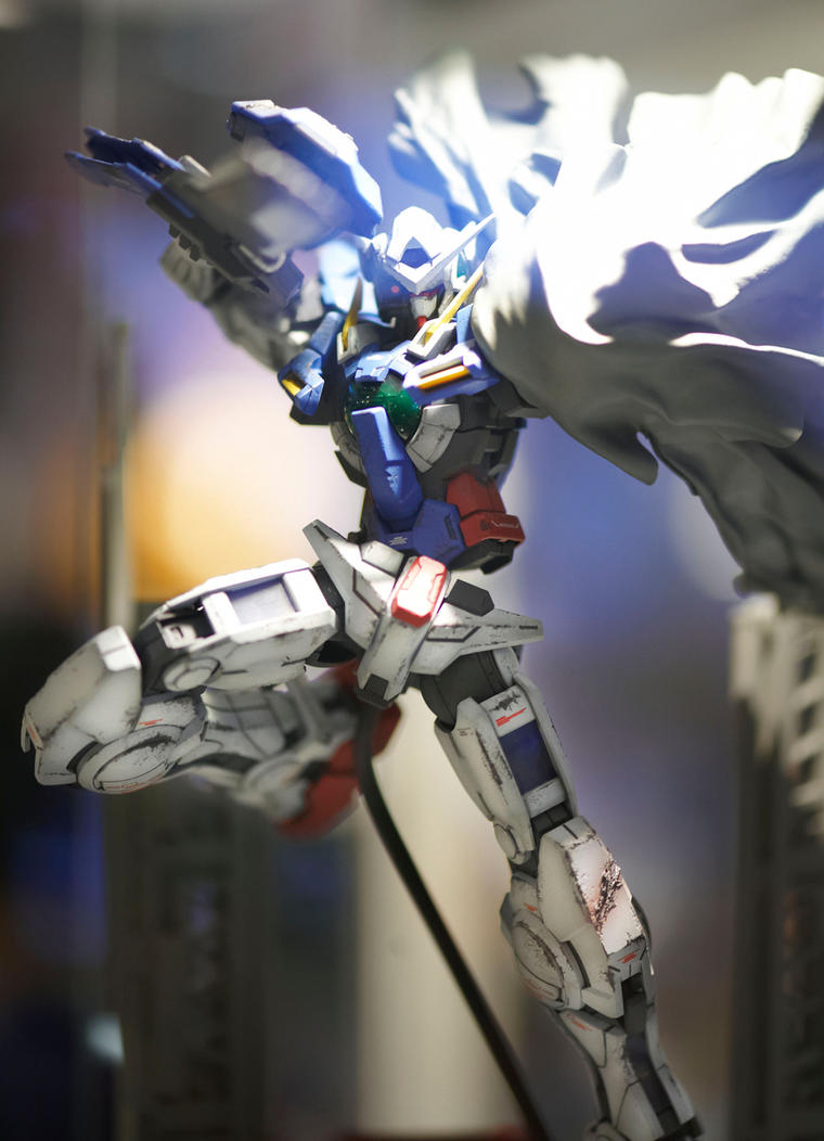 Gundam Exia by biomonkz