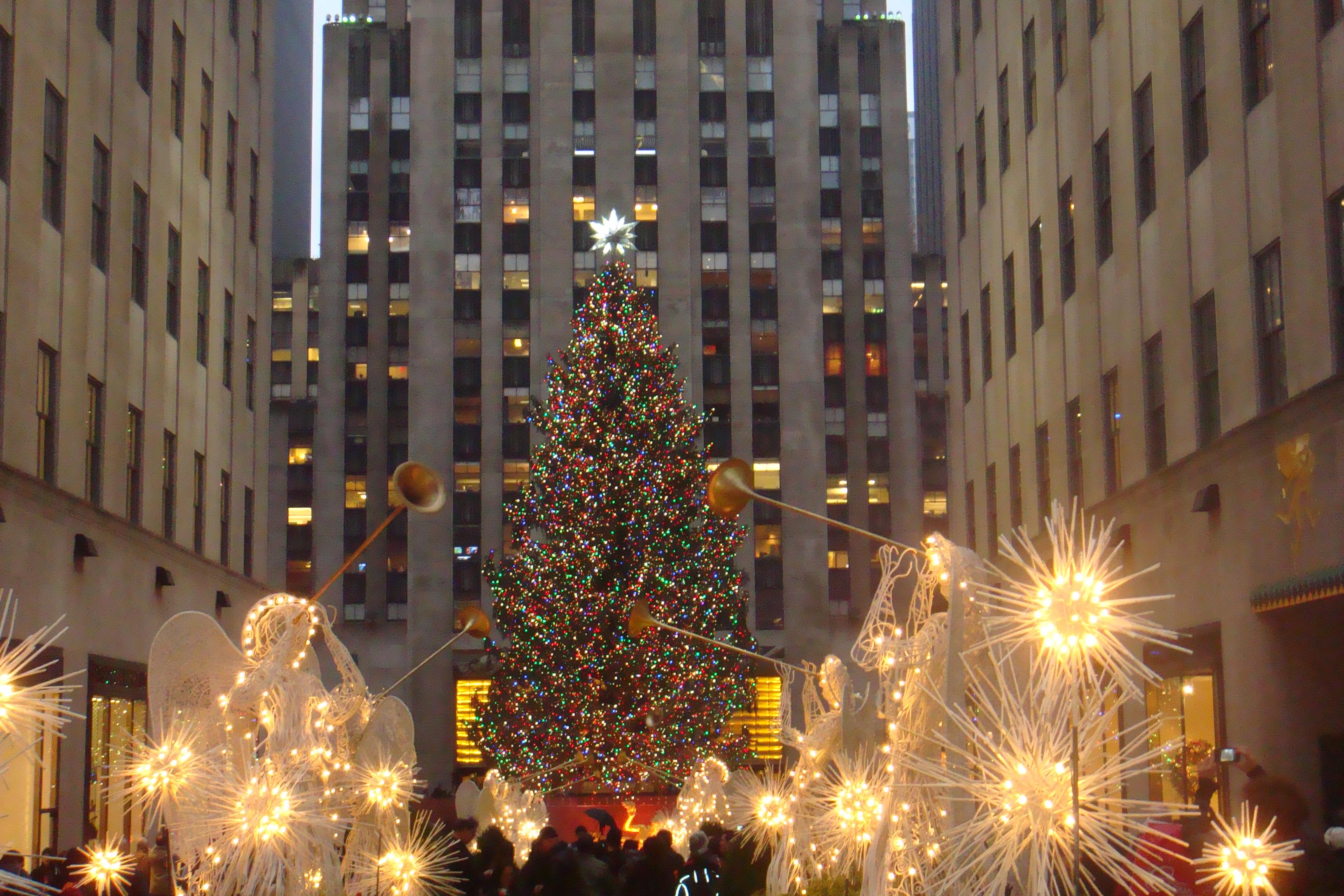 Rockefeller center tree ny 2012 by laur720