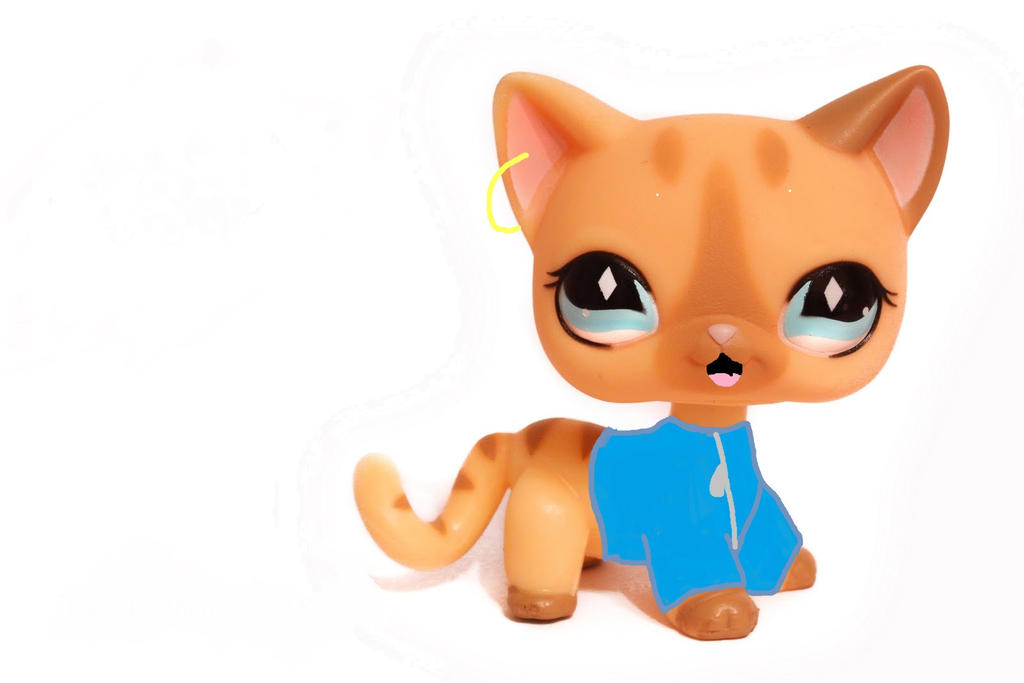 Lps laying down cat