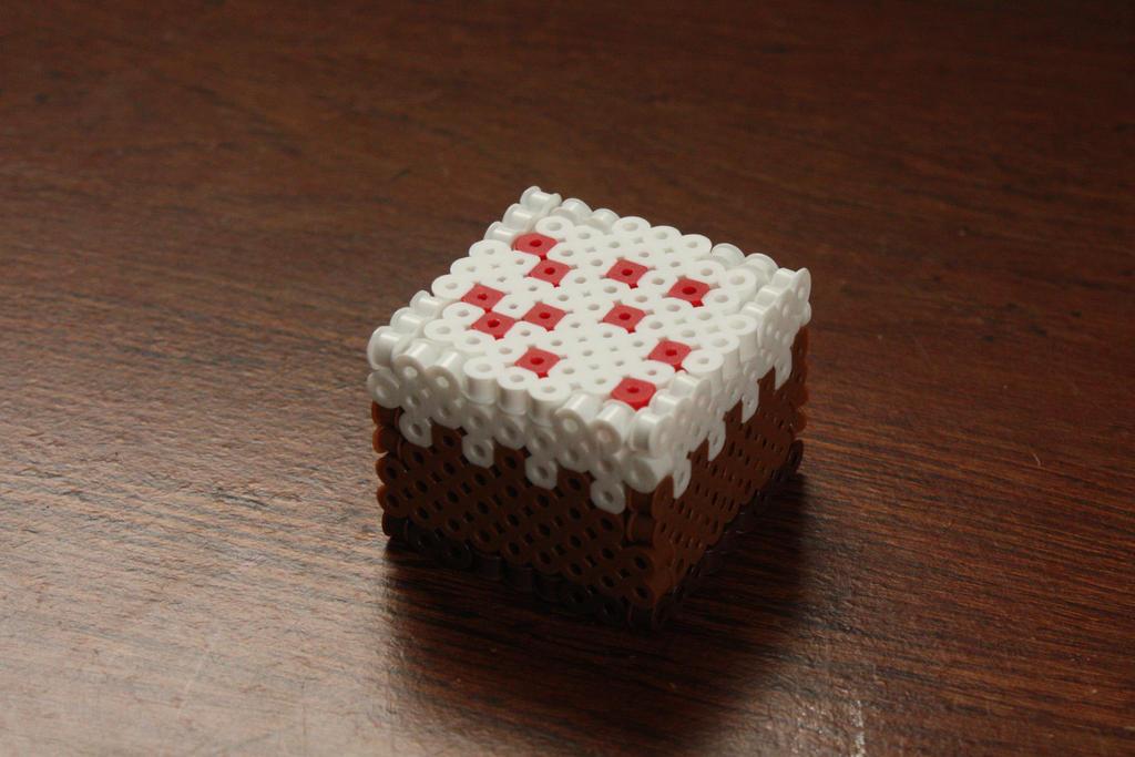 Perler Bead Minecraft Cake by Puppylover5 on DeviantArt