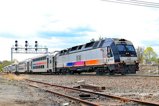 NJT 4514 on 1151