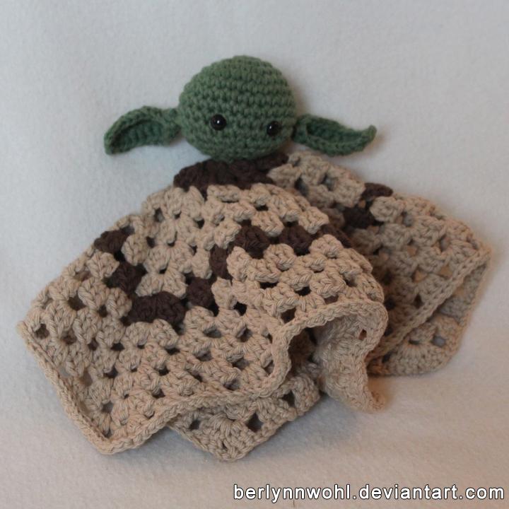 Yoda Lovey by berlynnwohl