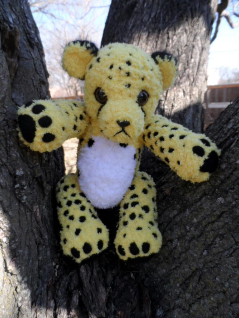 Cheetah Cheetah by YarnHoardingDragon