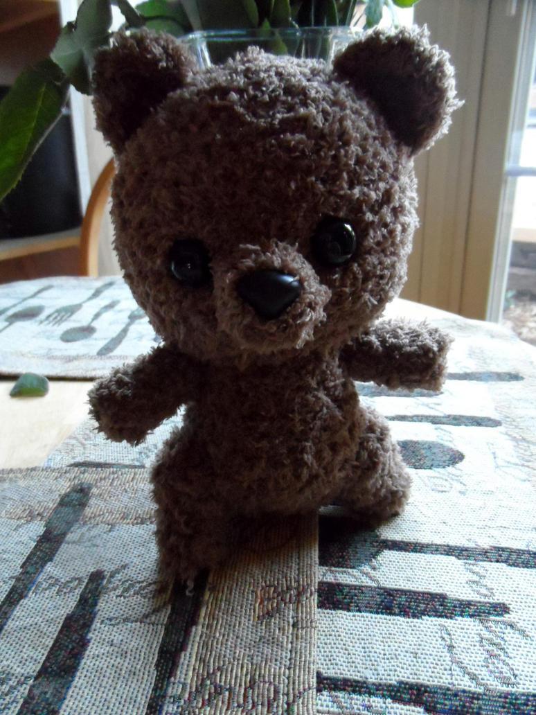 Big Head Bear by YarnHoardingDragon