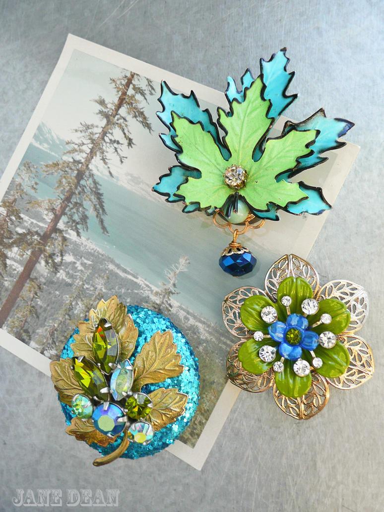 Flower and leaf fridge magnets by janedean