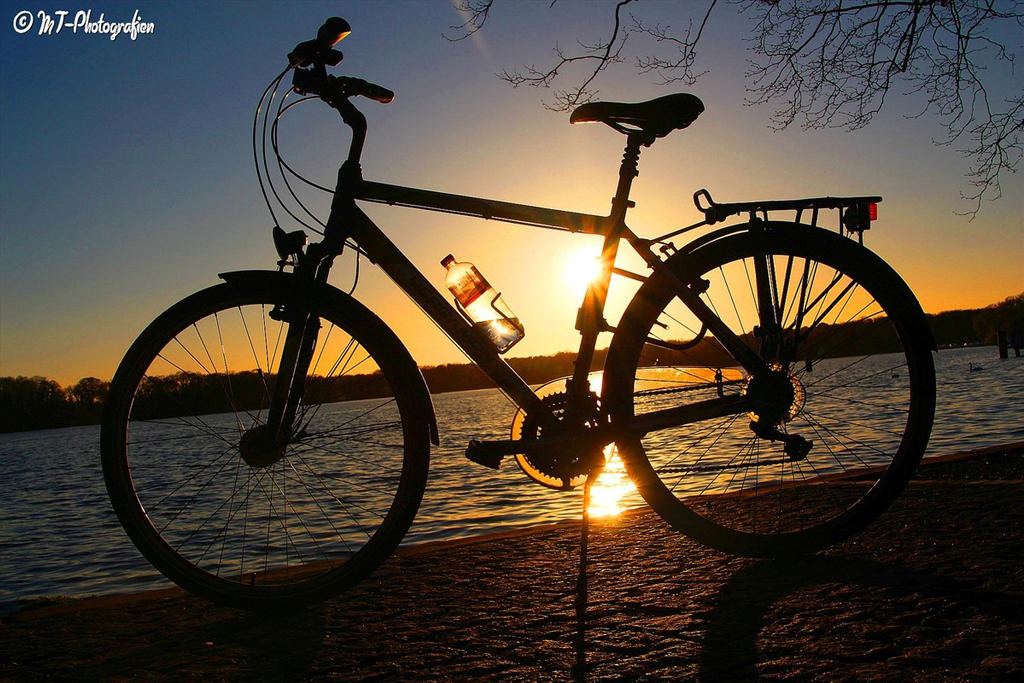 my bike in the evening light by MT-Photografien