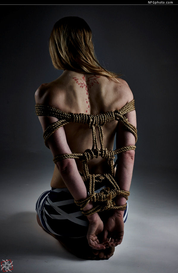 Another rope evening. by NFGphoto on DeviantArt