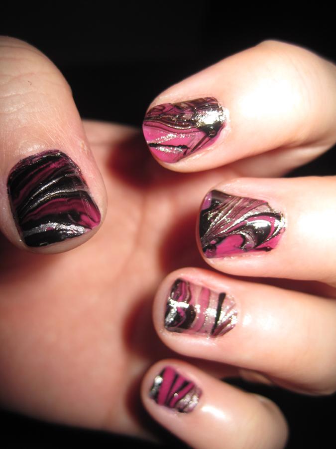Black and Pink Swirl nail art by IndigoVelvet on DeviantArt