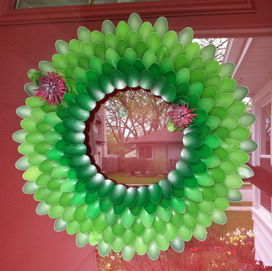 Plastic Spoon And Fork Wreath By Diabeatles On Deviantart