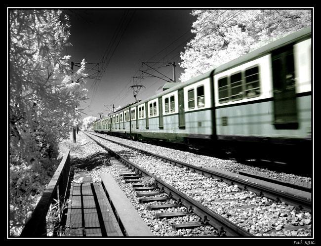 Infrared Train by fatihkilic