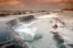 Heavy water by Alon-O